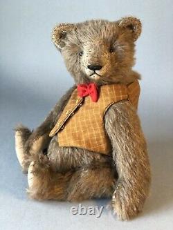 Bear Rhymes artist teddy bear Barry, OOAK Bear