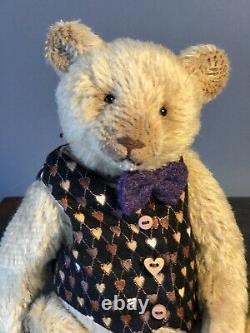 Bear Rhymes artist teddy bear Bartolommeo, OOAK Bear