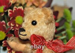 Charming antique 9 German goldblond mohair humpback Teddy Bing