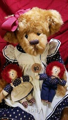 Gloria Franks Mandy with Raggedy Ann & Andy Goose Creek artist teddy bear 24