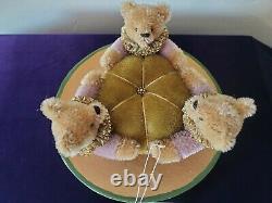Helen Godfrey 2001 Teddy Bear Trio Pincushion Dollmasters Mohair Handcrafted Ltd