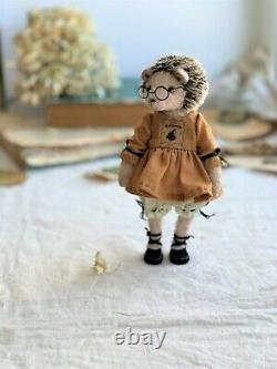Teddy Handmade Interior Toy Collectable Gift Animal Doll OOAK Hedgehog Romantic