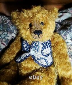 WILLOW, Vintage Hand Made Teddy Bear by PAT MURPHY, Mohair, Original Hang Tag